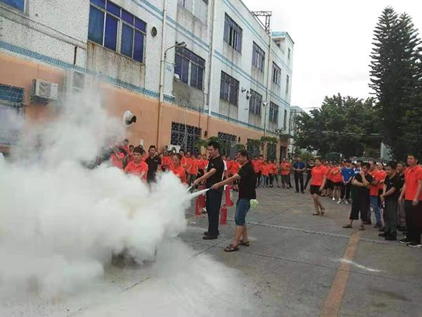 力源团队消防演习