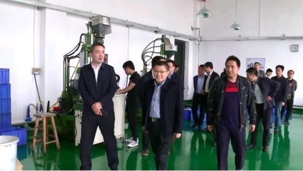 宜春市政府到力源电池宜春分公司考察